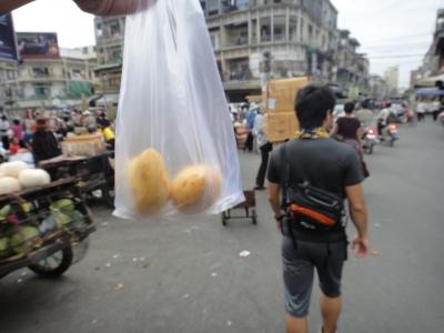 カンボジア プノンペン SOS バックパッカー