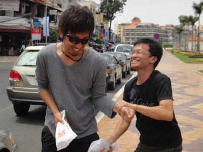 カンボジア プノンペン 再開 バックパッカー
